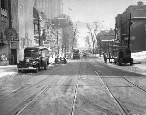 Boulevard Dorchester, Montreal, 1946 (Courtesy Archives de la ville de Montréal, via Studio Pluche).