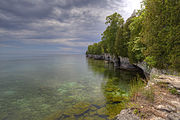 Cave Point County Park, Door County, Wisconsin (Courtesy Wikimedia Commons; public domain).